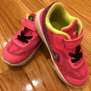 Nike Toddler shoes size 8C